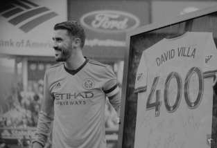 David Villa Day was all kinds of wonderful! 💙 #villa400 #davidvilladay #nycfc #tishagalephotography #mlsfemale