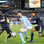 Taty appreciation post, because Sapong and Trusty were fouling him left and right, but pressure on him gave Maxi some freedom! You know what they say about team work? . . #teamwork #makesthedreamwork #nycfc #forthecity #makeithere #mlsplayoffs #playoffstateofmind