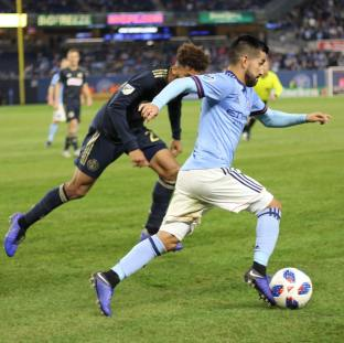 When they?re too busy double-teaming/fouling you and they forget to pay attention to the Mighty Mouse sneaking up on them! . . #nycfc #forthecity #makeithere #mlsplayoffs #playoffstateofmind #nygrit